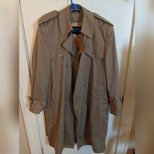 Trench Coat Mens 42 Reg
